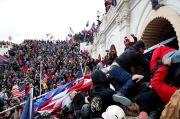 Anggap Pengkhianat, Massa Pro-Trump Hendak Gantung Wapres Pence di Capitol