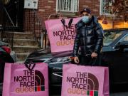Pop up Store The North Face & Gucci Membuat Pembeli Keluar Rumah