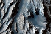 Ilmuwan Berusaha Mengungkap Misteri Terbentuk Ngarai Grand Canyon di Mars
