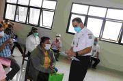Tinjau Penyaluran BST di Matraman Jaktim, Anies: Uangnya untuk Kebutuhan Keluarga