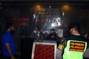 Kelabuhi Petugas, Karaoke Ini Beroperasi Dengan Pintu Terkunci