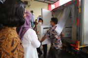 Bersiap Lakukan Vaksinasi COVID-19, Vaksin Sinovac Didistribusikan ke Surabaya Raya