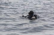 Pencarian Sriwijaya Air, Penyelam Temukan Kartu Identitas Indah Halimah Putri