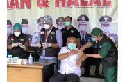 Wali Kota Bekasi Disuntik Vaksin Covid-19 Pertama di Kota Patriot