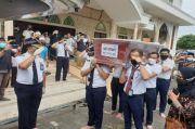 Korban Sriwijaya Air, Jenazah Copilot Fadly Satrianto Dimakamkan di TPU Keputih Surabaya