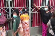 Tertipu Arisan Online, Ibu-ibu Berteriak-teriak di Depan Rumah Pelaku