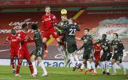 Man United Pertahankan Puncak Klasemen Usai Tahan Imbang Liverpool