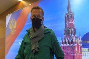Navalny Sang Musuh Politik Putin Ditangkap di Bandara Moskow
