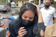 Selesai Diperiksa Polisi, Nindy Ayunda: Doanya Aja Ya Mba