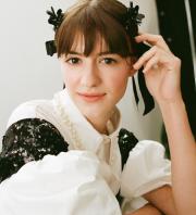 Pertama Kalinya, Koleksi Simone Rocha H&M Akan Rilis di Indonesia
