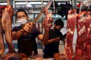 Pedagang Daging Ngaku Rugi Rp200 Juta dalam Dua Bulan
