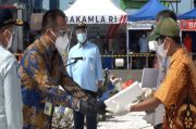 Disaksikan Jokowi, Sriwijaya Air Resmi Serahkan Santunan Kecelakaan SJ-182