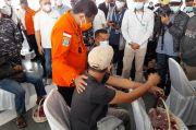 Sebelum Tabur Bunga, Kabasarnas dan Pangkoarmada I Sampaikan Duka Cita ke Keluarga Penumpang Sriwijaya Air