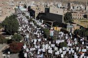 Puluhan Ribu Warga Yaman Protes Label Teroris Trump