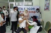 Divaksin Dosis Kedua, Wawalkot Bogor Dedie: Tensi Lebih Aman!