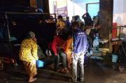 Wedus Gembel Merapi Menerjang hingga 3 Km dari Puncak, Warga Sleman Ngungsi