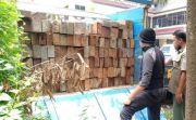 2 Truk Pengangkut Kayu Ilegal Ditangkap, Sopir: yang Punya Bilang Aman