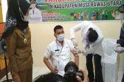 Wabup Muratara Menerima Suntikan Pertama Vaksin Sinovac