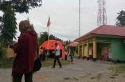 Majene dan Mamuju Diguncang Gempa M 5,2, Pengungsi di Kantor Camat Malunda Berhamburan Keluar