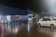 Kantor Tergenang Air, Satlantas Polres Jayapura Tetap Siaga Layani Masyarakat
