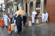 Makkah Dingin Diguyur Hujan, Bikin Ibadah Terasa Syahdu