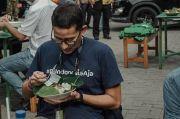 Kunjungi Bangka Belitung, Menparekraf Sandiaga Uno Nikmati Nasi Gemuk!