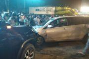 Hilang Kendali, Toyota Calya Terjang Motor dan Fortuner di Tugu Tani