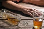 Tenggak 1,5 Liter Vodka, Kakek 60 Tahun Tewas Saat Live di YouTube