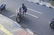 Dalam Hitungan Detik, Pria Bertopi Gasak Motor di Cempaka Putih