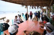 Nurdin Abdullah Ajak Dialog Masyarakat Pantai Bara Bulukumba