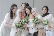 Tiga Artis Ini Jadi Bridesmaid di Pernikahan Ali Syakieb-Margin Wieheerm
