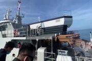 Masuk Perairan Aceh Tanpa Izin, Kapal Pesiar Mewah Ditahan Imigrasi dan TNI AL di Tengah Laut