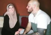 Curhat Istri Wilhelm Ott, Dipecat dari Pekerjaan karena Pakai Jilbab
