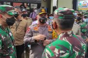 Kapolda dan Pangdam Jaya Semangati Warga Sunter yang Sedang Isoman