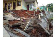 Longsor di Depok, 20 Warga Cilodong Terpaksa Mengungsi