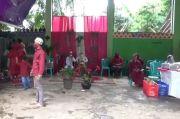Warga Duren Sawit Gelar Pernikahan di Tempat Daur Ulang Sampah