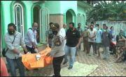 Geger! Pria Paruh Baya Meninggal Misterius di Teras Masjid