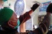 Merokok di Ruang Kerja, Puluhan ASN dan Pedagang Pasar Terjaring Razia KTR