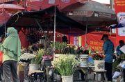 Gara-gara Pandemi, Omzet Pedagang Bunga di Vihara Petak 9 Anjlok