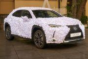 Lexus UX Terselubung Kelopak Kertas ini Bisa Gonta-ganti Warna