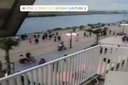 Kerumunan di Pantai Reklamasi PIK, Warganet: Maaf Corona Gak Berani Masuk Pantai Indah Kapuk