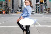 Demi Konten, Model Instagram Ini Umbar Pantat di Situs Turis New York