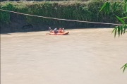 Cari Ikan di Sungai Kalibening Dumpoh, Warga Magelang Hanyut