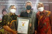 Raih Rekor MURI, Tukang Ojek Pengkolan Sinetron dengan Episode Terpanjang di Indonesia