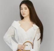 Keren,Song Hye Kyo Seleb Korea Pertama Sebagai Brand Ambassador Fendi