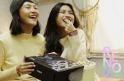 Rayakan Valentine, OPPO Rilis Reno5 Duo Box dengan Kotak Proyektor