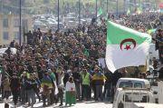 Ribuan Orang Berunjuk Rasa di Aljazair, Ingin Hidupkan Lagi Demo Besar