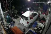 Aksi Pencurian Sepeda Motor Terekam CCTV