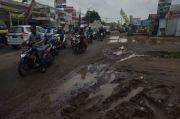 Pemkab Bekasi Pastikan Perbaikan Jalan Cikarang-Cibarusah Tahun Ini