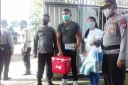 Polisi Kawal Penyaluran 163 Vial Vaksin COVID-19 untuk Rumah Sakit dan Puskesmas di Kota Bitung